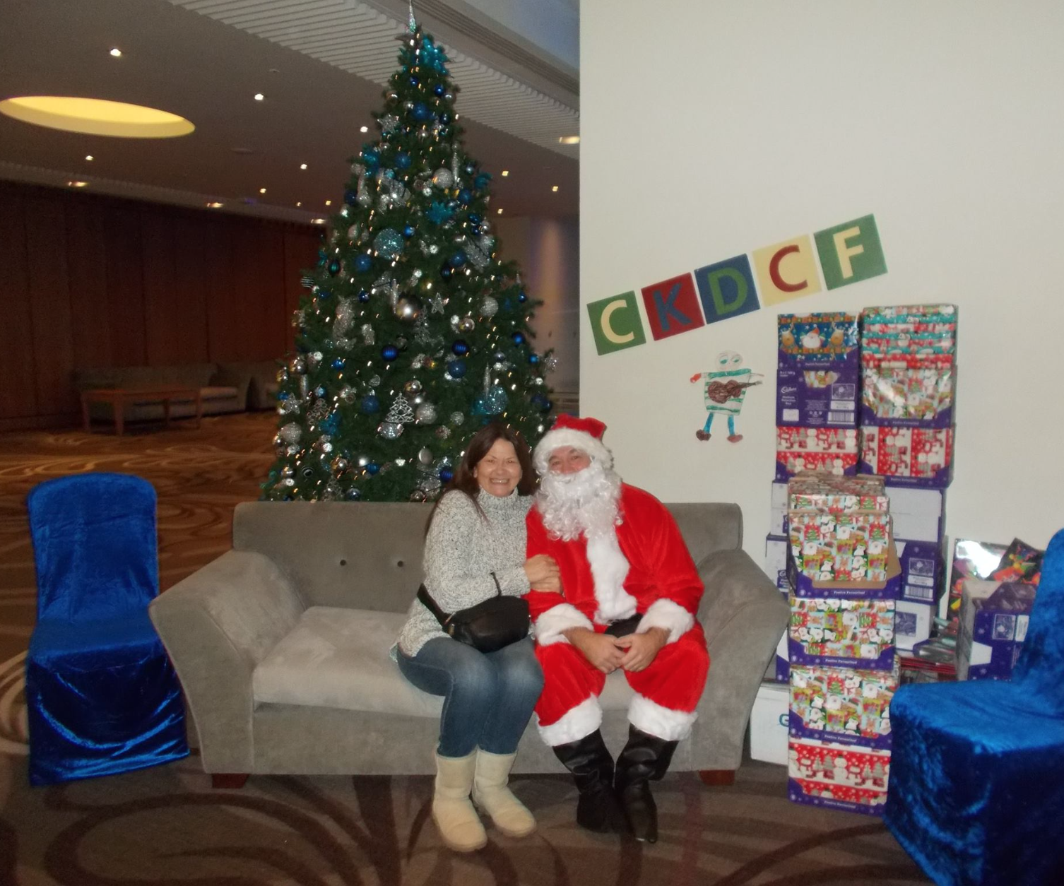 Ckdcf Delivers Gifts To Children S Cancer Ward This